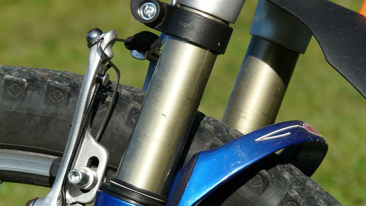 Fahrradgabel & Federgabel prüfen und reparieren lassen