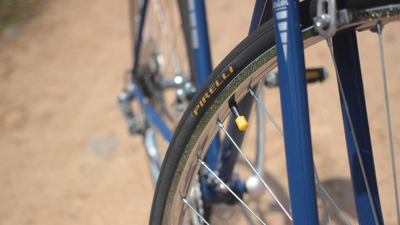 Fahrradreifen prüfen und wechseln lassen
